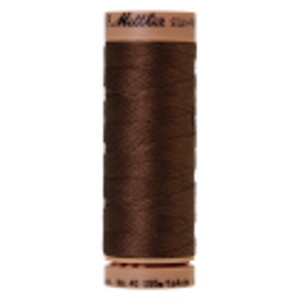 Silk-Finish Cotton 40, 150m - Redwood: Reines Baumwollgarn aus 100% langstapliger, ägyptischer Baumwollte von Amann Mettler