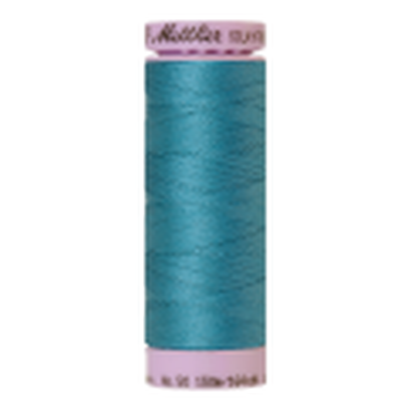 Silk-Finish Cotton 50, 150m - Glacier Blue: Reines Baumwollgarn aus 100% langstapliger, ägyptischer Baumwollte von Amann Mettler