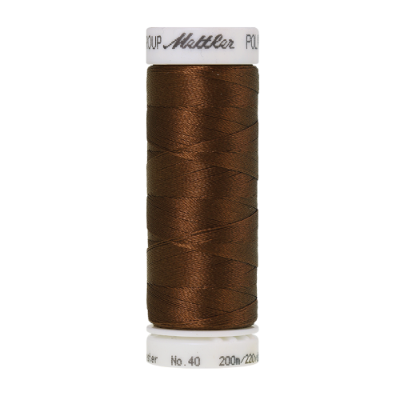 Amann Mettler Poly Sheen Redwood glänzt durch den trilobalen Fadenquerschnitt besonders schön. Zum Sticken, Quilten, Nähen. 200m Spule