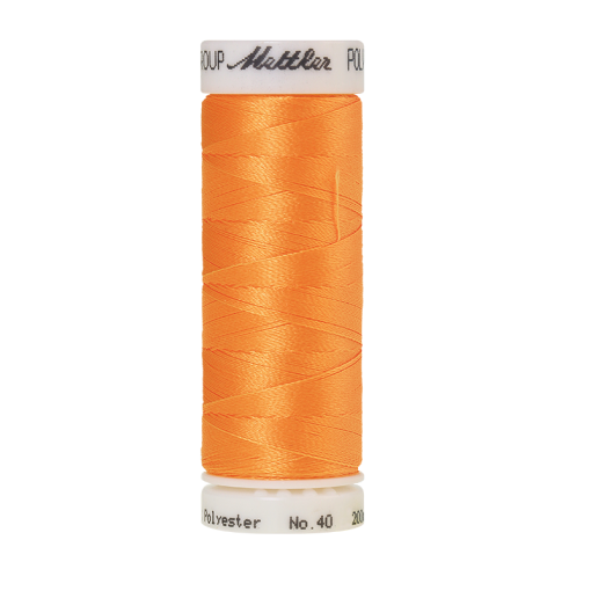 Amann Mettler Poly Sheen Passion Fruit glänzt durch den trilobalen Fadenquerschnitt besonders schön. Zum Sticken, Quilten, Nähen. 200m Spule