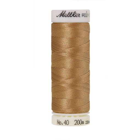 Amann Mettler Poly Sheen Caramel Cream glänzt durch den trilobalen Fadenquerschnitt besonders schön. Zum Sticken, Quilten, Nähen. 200m Spule