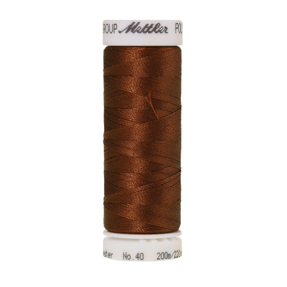 Amann Mettler Poly Sheen Rust glänzt durch den trilobalen Fadenquerschnitt besonders schön. Zum Sticken, Quilten, Nähen. 200m Spule