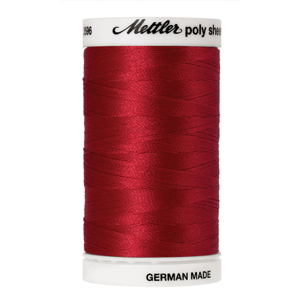 Amann Mettler Poly Sheen Poinsettia glänzt durch den trilobalen Fadenquerschnitt besonders schön. Zum Sticken, Quilten, Nähen. 800m Spule