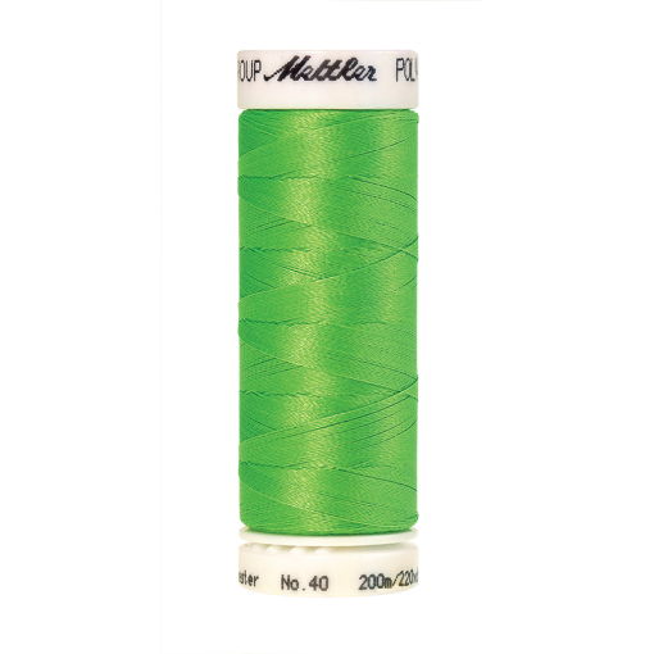 Amann Mettler Poly Sheen Limedrop glänzt durch den trilobalen Fadenquerschnitt besonders schön. Zum Sticken, Quilten, Nähen. 200m Spule