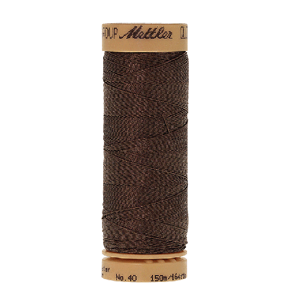 Amann Mettler Quilting waxed, 150m - Apple Seed Handquiltgarn
