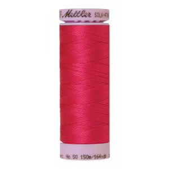 Silk-Finish Cotton 50, 150m - Fuschia: Reines Baumwollgarn aus 100% langstapliger, ägyptischer Baumwollte von Amann Mettler