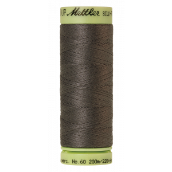 Silk-Finish Cotton 60, 200m - Dark Charcoal: Reines Baumwollgarn aus 100% langstapliger, ägyptischer Baumwollte von Amann Mettler